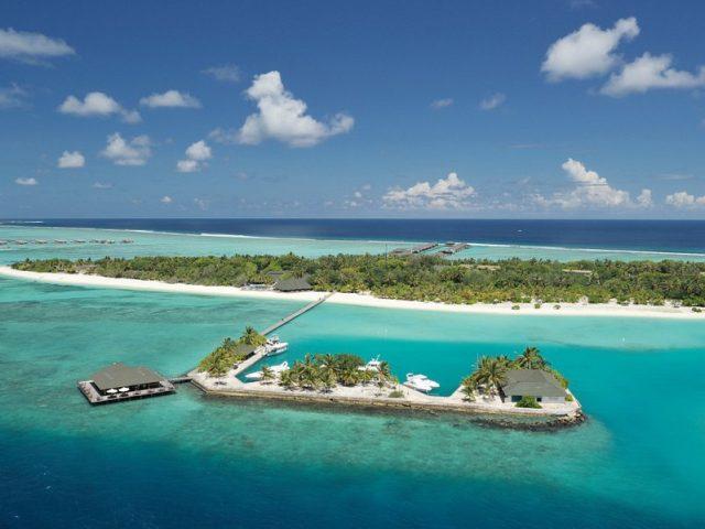 https://www.cmm.com.mv/wp-content/uploads/2021/03/paradise-island-resort-640x480.jpg
